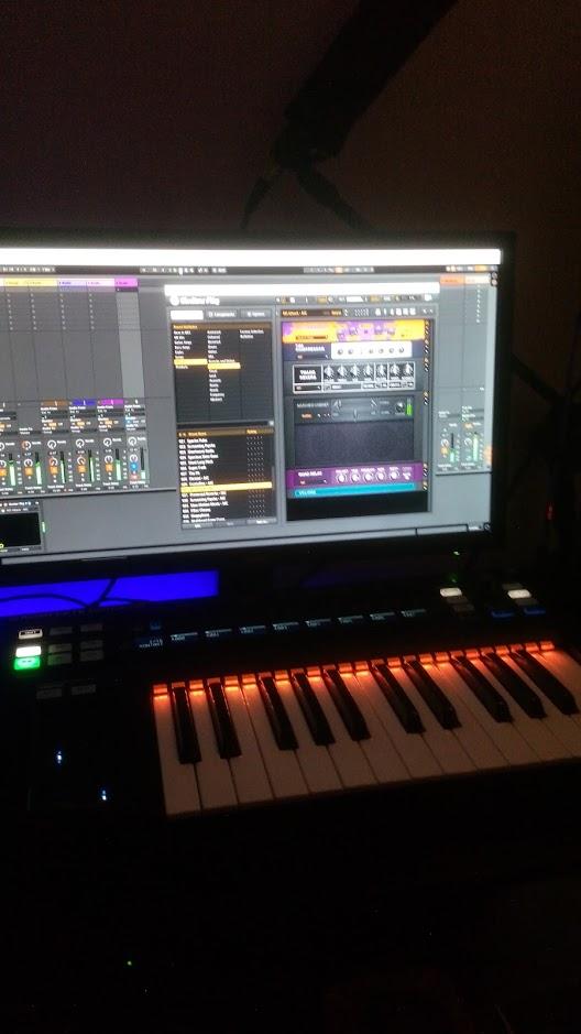maschine, komplete kontrol ks25, guitar rig, ableton live