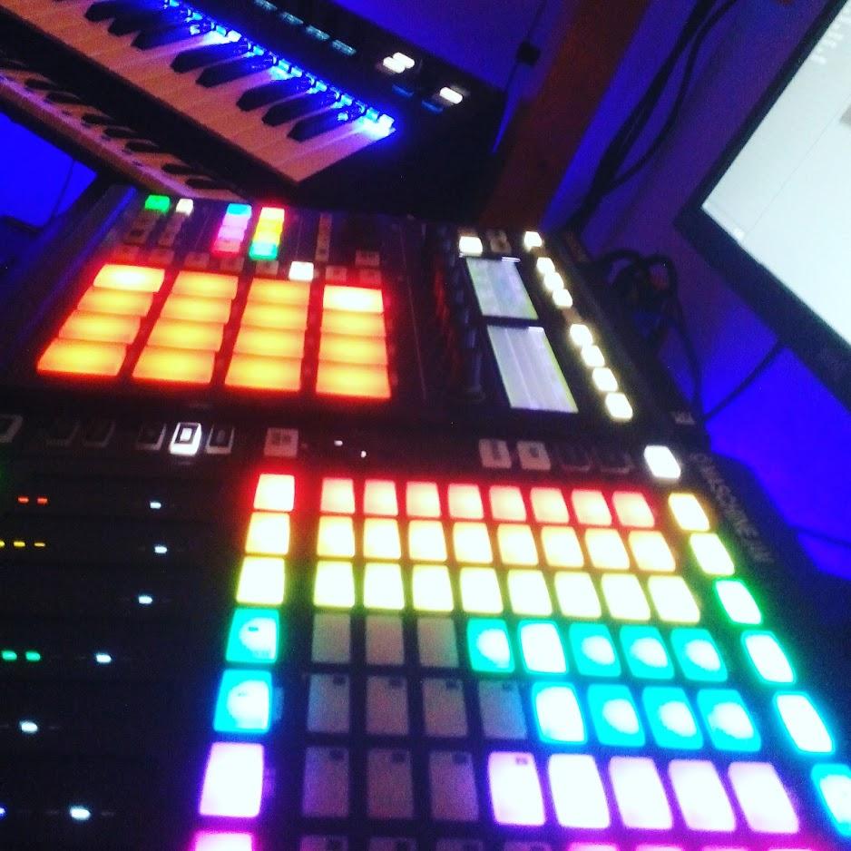 maschine, komplete kontrol ks25, m-audio keystation, maschine jam